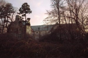 glen-cove-ny-estate-previously-ccupied-by-russian-diplomats